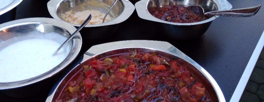 Zubereitung von selbstgemachten Grillsaucen
