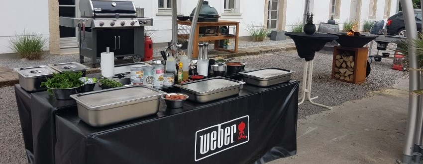 grillen will gelernt sein mein besuch auf dem weber grillseminar. Black Bedroom Furniture Sets. Home Design Ideas