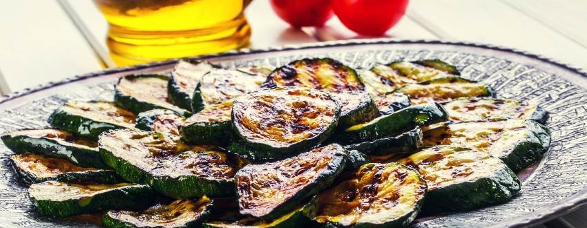 Zucchini grillen vegan
